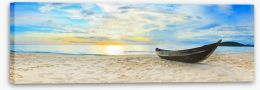 Wooden boat on the beach Stretched Canvas 35031661