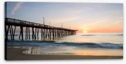 Sunrise over the pier Stretched Canvas 81610792