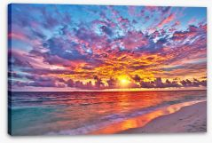 Through the clouds Stretched Canvas 104787586