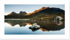 Morning glow at Cradle Mountain Art Print 117415670