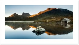 Morning glow at Cradle Mountain Art Print 117415670