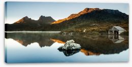 Morning glow at Cradle Mountain Stretched Canvas 117415670