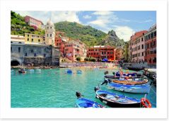 Colourful harbor at Vernazza, Italy